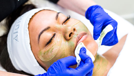 deep-chemical-peel-facial
